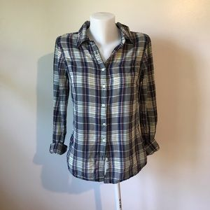Aeropostale Light Weight Flannel Shirt in Size L